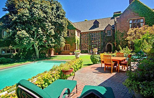 Nicolas Cage S House In Foreclosure Luxury Homes Network